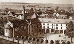 01.Rysunek ukazuje stan na początku XX wieku. Zbudowane w 1904r. skrzydło zachodnie (dołączone do kościoła gimnazjalnego) dołączono wówczas do Wieży Kleszej i budynku głównego.